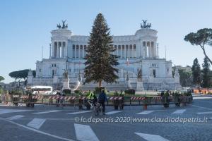 Roma 2020, alberi di Natale e Presepe
