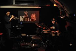 "aldo bassi e davide pettirossi ""Metal Jazz Duo"" - 28DiVino 28/4/2011"
