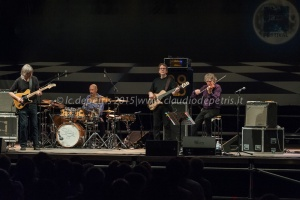 Mike Stern & Didier Lockwool Band alla Casa del Jazz, 9/7/2015
