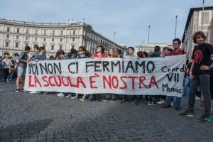Studenti medi contro la riforma della scuola del Governo Renzi, Roma 9/10/2015