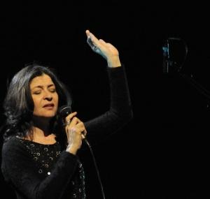 """maria pia de vito """"o pata pata"""" - auditorim parco della musica 22/2/2012"""