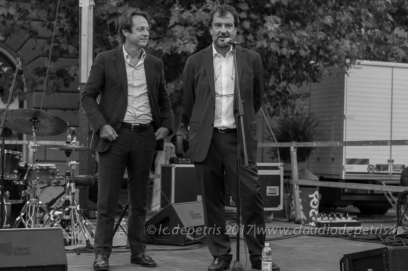 Il vice sindaco di Roma Luca Bergamo (S) e il coordinatore della Casa del Jazz Luciano Linzi (D)