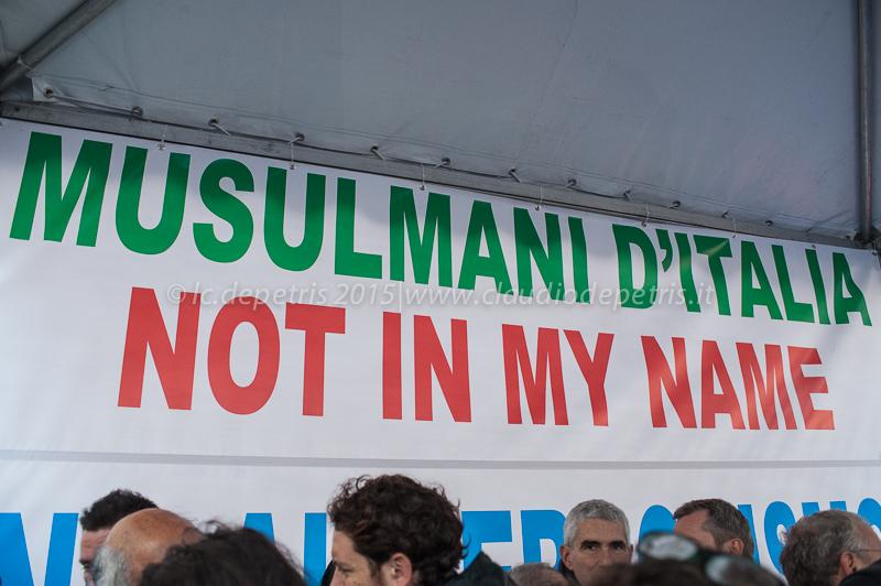 Non in Mio Nome, No al terrorismo, piazza Santi Apostoli 21/11/2015