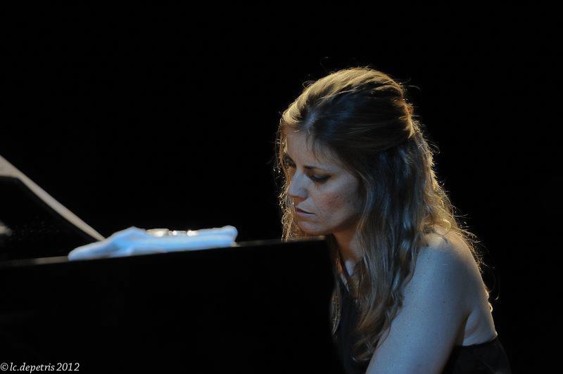 "stefania tallini "" intimate brasil"" casa del jazz 3/8/2011 - stefania tallini piano, roberto taufic chitarra "" intimate brasil"" casa del jazz 3/8/2011.Guest Maria Pia De Vito"