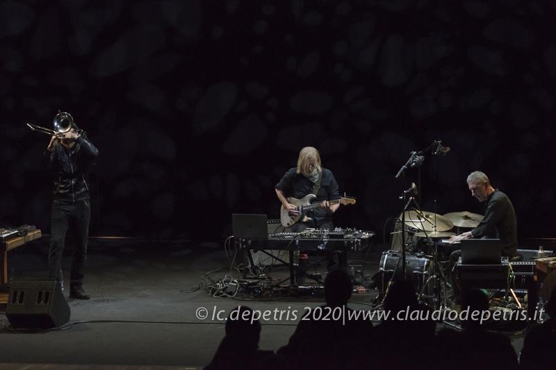 Gianluca Petrella (S), Eivind Aarset, Michele Rabbia