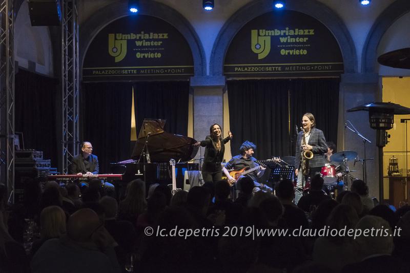 Andrea Sammartino piano, Greta Panettieri, Daniele Mencarelli basso, Max Jonata Sax tenore, Alessandro Paternesi batteria