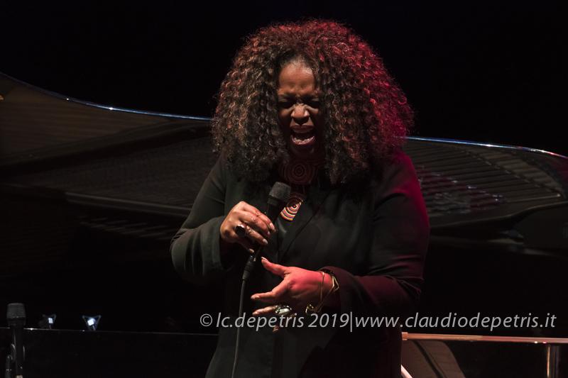 Dianne Reeves, Auditorium 2/11/2019