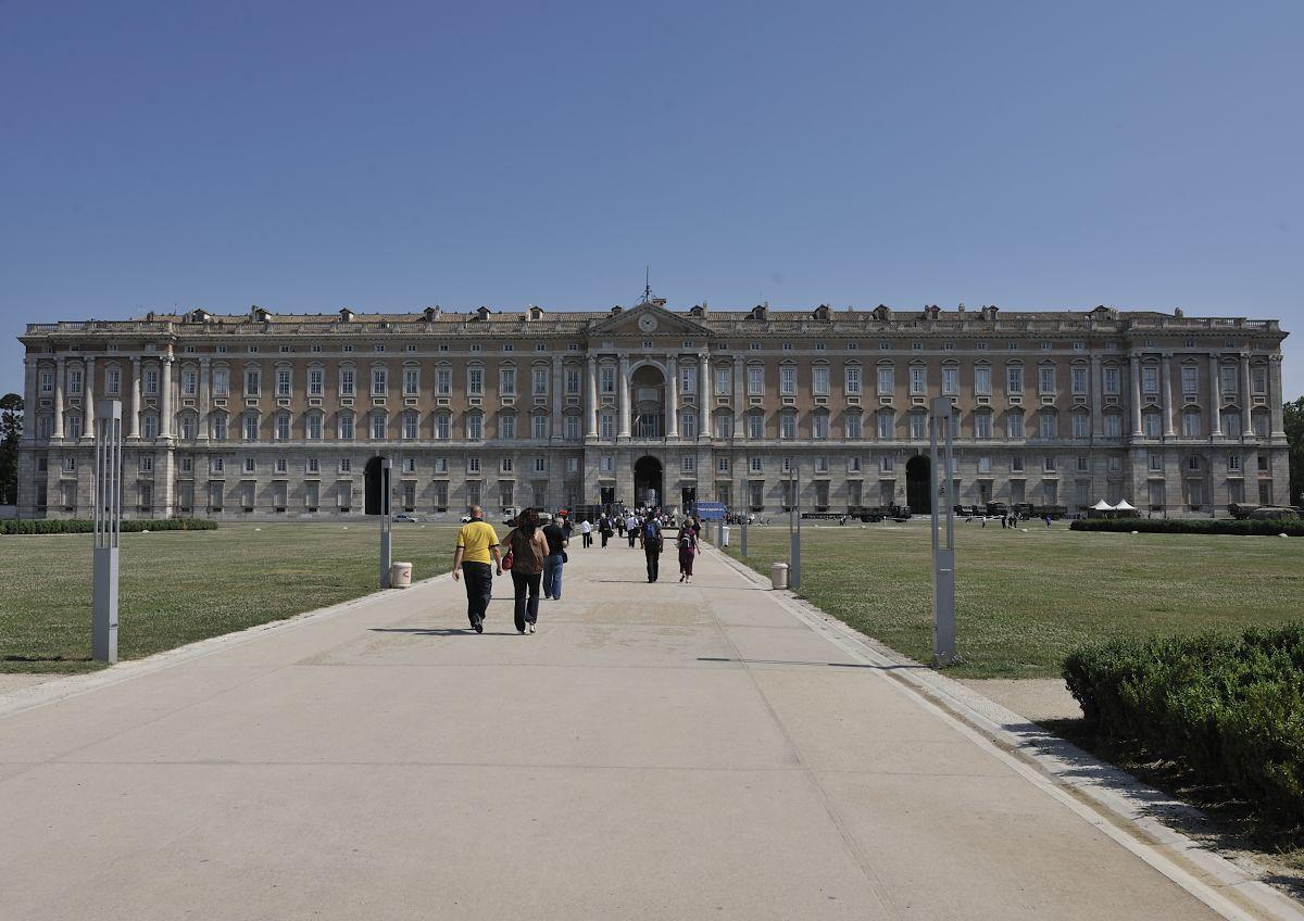 reggia di caserta - zingarata partenopea - caserta 4/6/2011