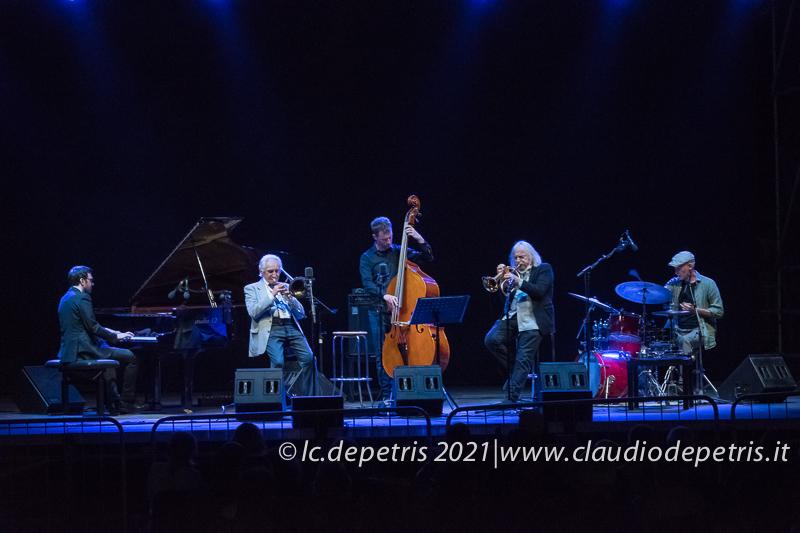 Julian Oliver Mazzariello (S), Dino Piana, Gabriele Evangelista, Enrico Rava, Fabrizio Sferra