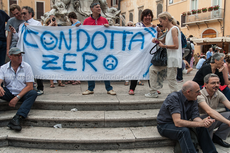 Sindacati confederali ed autonomi in piazza della Rotonda-Pantheon, 17/6/2015