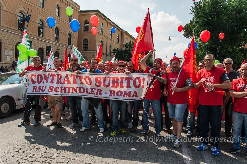 Lavoratori metalmeccanici manifestano per il contratto,10/6/2016