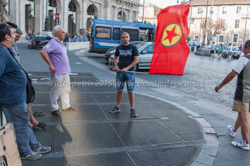 Con il cuore a Suruc, piazza della Repubblica Roma 21/7/2015